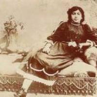 نفوذ سیاسى زنان در دربار اتابکان و خوارزمشاهیان