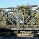 350px-rrtrussbridgesideview